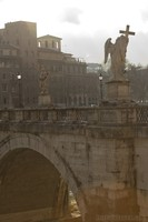 Angel with the cross in Sant'Angelo bridge
