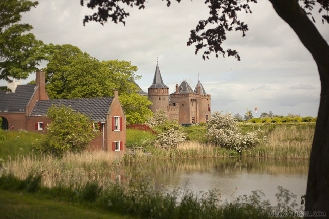View of the castle from the banks of vestinggracht - Muiden, Netherlands