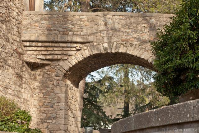 Arch bridge in Jurats square - Girona, Spain