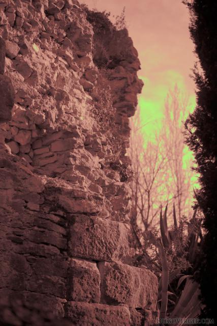 Ruinas de la torre Gironella - Girona, España