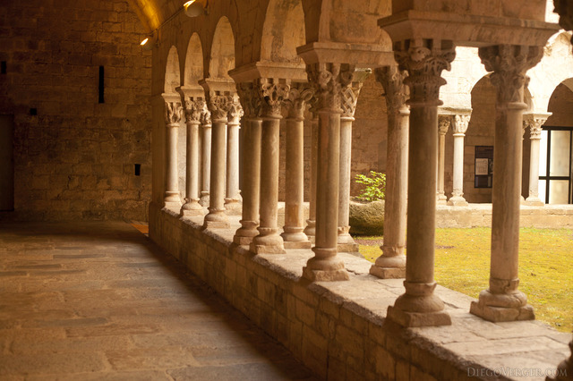 Double columns in the cloister of the monastery of Sant Pere de Galligants - Girona, Spain