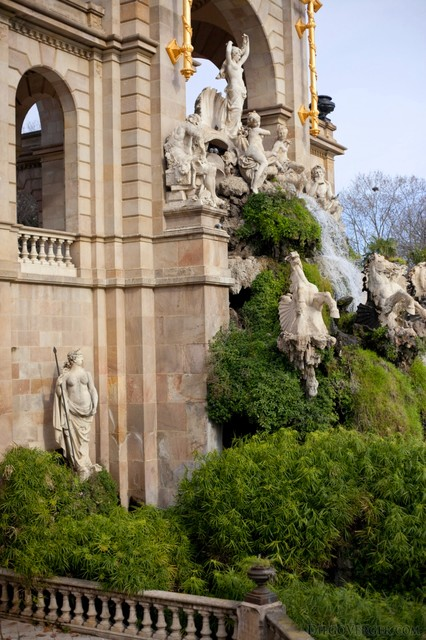 Statues of the Monumental Cascade