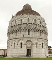 Il battistero di San Giovanni - Pisa, Italia