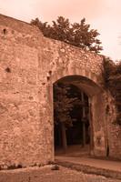 Una porta del bastione Stampace - Pisa, Italia