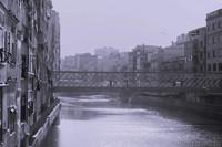 Il ponte Eiffel o Pont de les Pescateries Velles sopra l'Onyar - Girona, Spagna