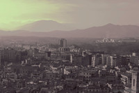 Edifici di Girona e colline ad infrarossi - Londra, Inghilterra