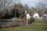 Duck Island Cottage next to the lake in St James's Park - London, England